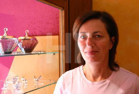 B.F. in ihrem Laden, 2005