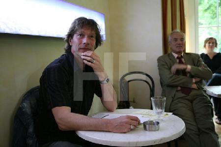 Gerd Köster bei einer Lesung zum Thema Kaffee