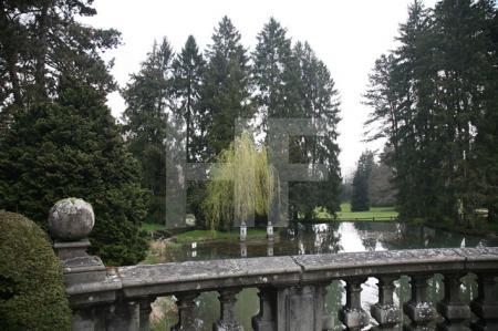 Der Weiher im Wenken-Park in Riehen, Schweiz