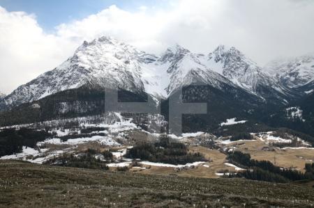 Blick auf die Gipfel der Sesvennagruppe im Unterengadin, Schweiz (3)