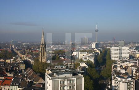 Blick auf Köln vom TausendFenster Turm
