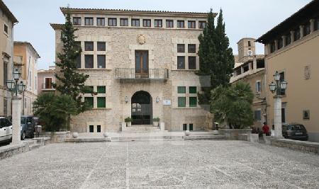 Das Rathaus von Artà, Mallorca