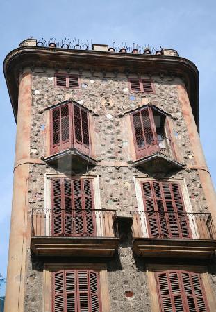Fassade eines Jugendstil-Hauses in Palma, Mallorca