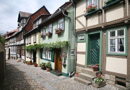Die Häuser am Schloßberg in Quedlinburg (3)