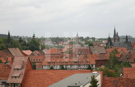Blick auf die Dächer und Türme von Quedlinburg