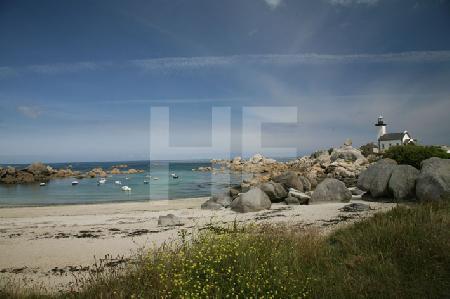 Der Strand mit Leuchtturm von Pontusval, Bretagne