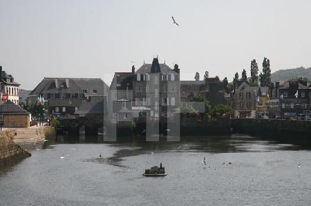 Blick auf die Brücke Pont de Rohan in Landerneau, Bretagne