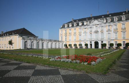 Schloß Brühl, von Norden gesehen.