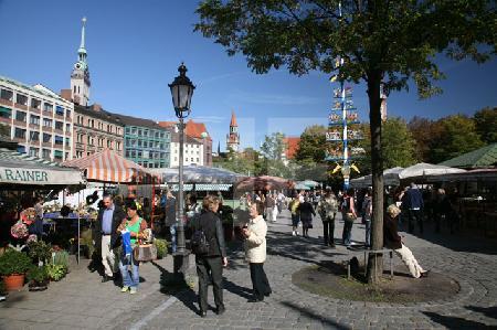 Am Viktualienmarkt in München