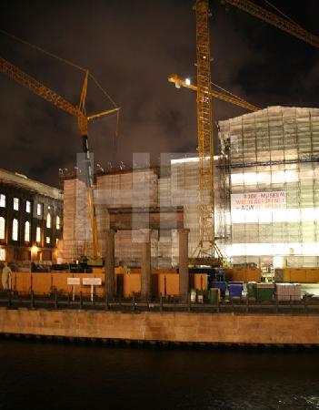 Baustelle auf der Museumsinsel in Berlin