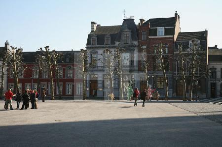 Häuser am Vrijthof in Maastricht, NL (1)