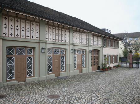 Gebäude im Sarasin-Park in Riehen, Schweiz
