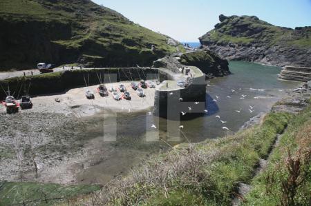 Das Hafenbecken von Boscastle, Cornwall (2)