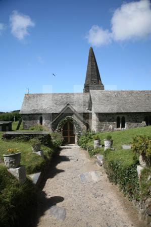 St. Enodoc Church bei Trebetherick, Cornwall (1)