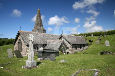 St. Enodoc Church bei Trebetherick, Cornwall (2)