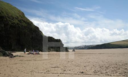 Blick in die Camel-Mündung von Daymer Beach bei Trebetherick, Cornwall Nur bei Ebbe gibt es hier einen Strand.